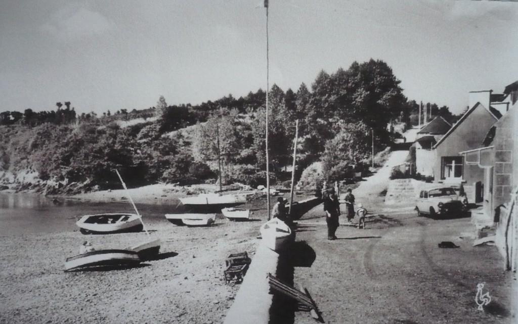 Le port de la roche jaune dans les années 1950